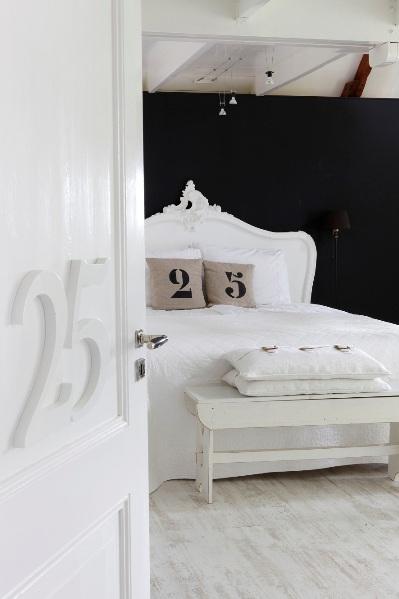 b&b room 25