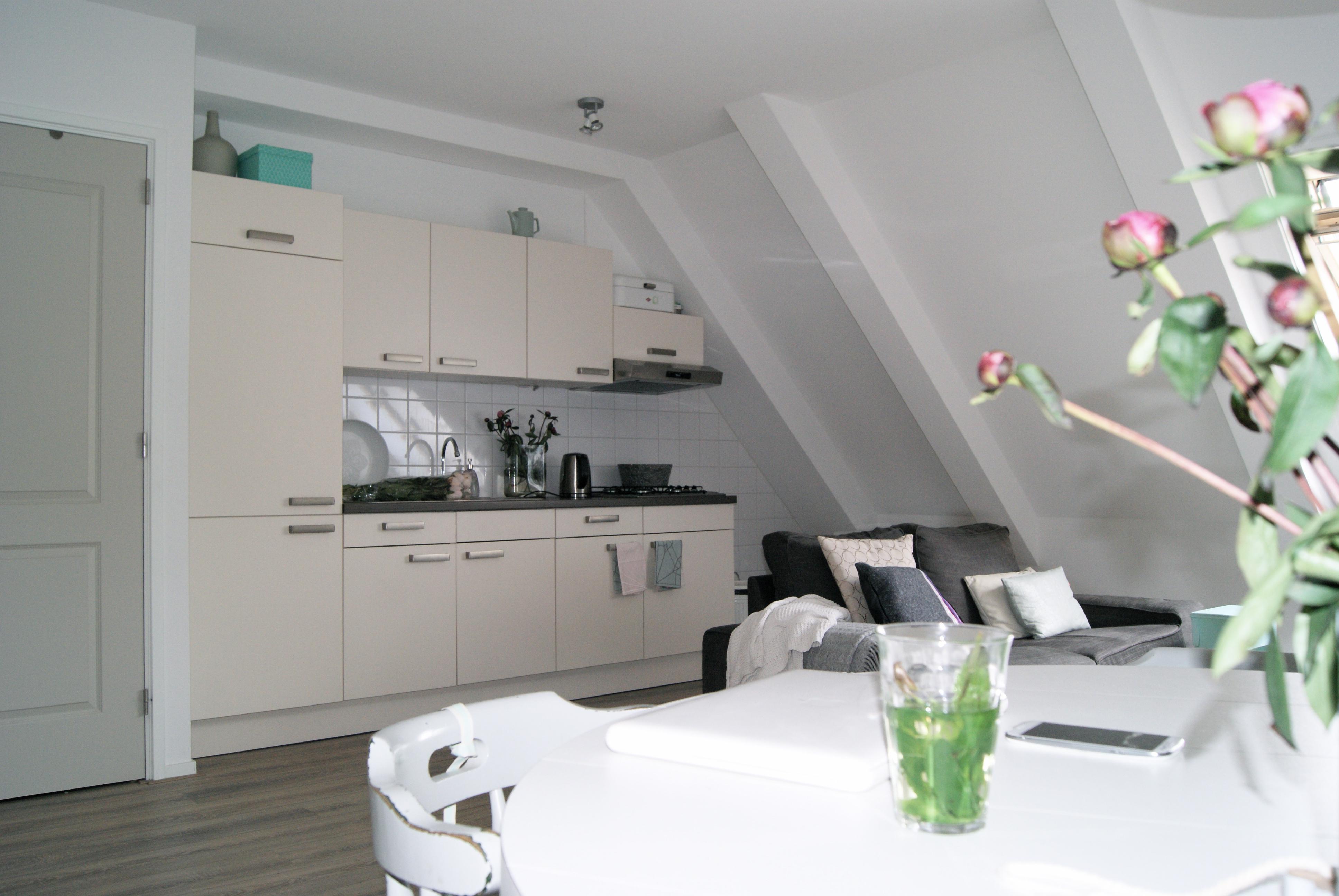 Yvet stylist van o a eigen huis tuin inspiratie voor je interieur - Keuken uitgerust voor klein gebied ...