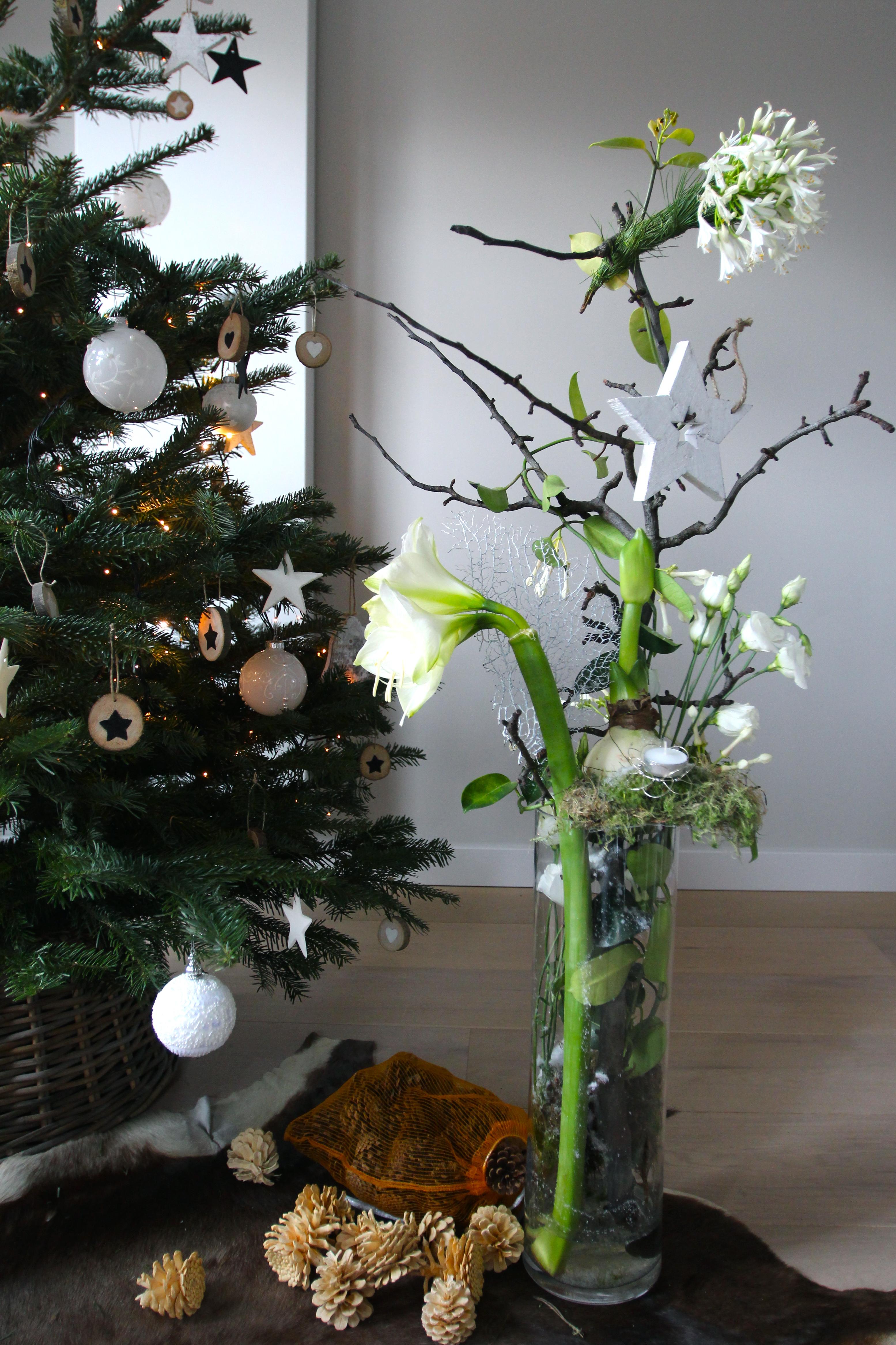 kerststuk in wit
