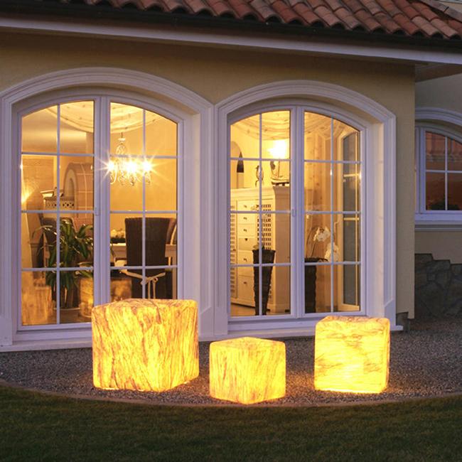 breng sfeer in je tuin met buitenverlichting inspiratie voor je interieur. Black Bedroom Furniture Sets. Home Design Ideas