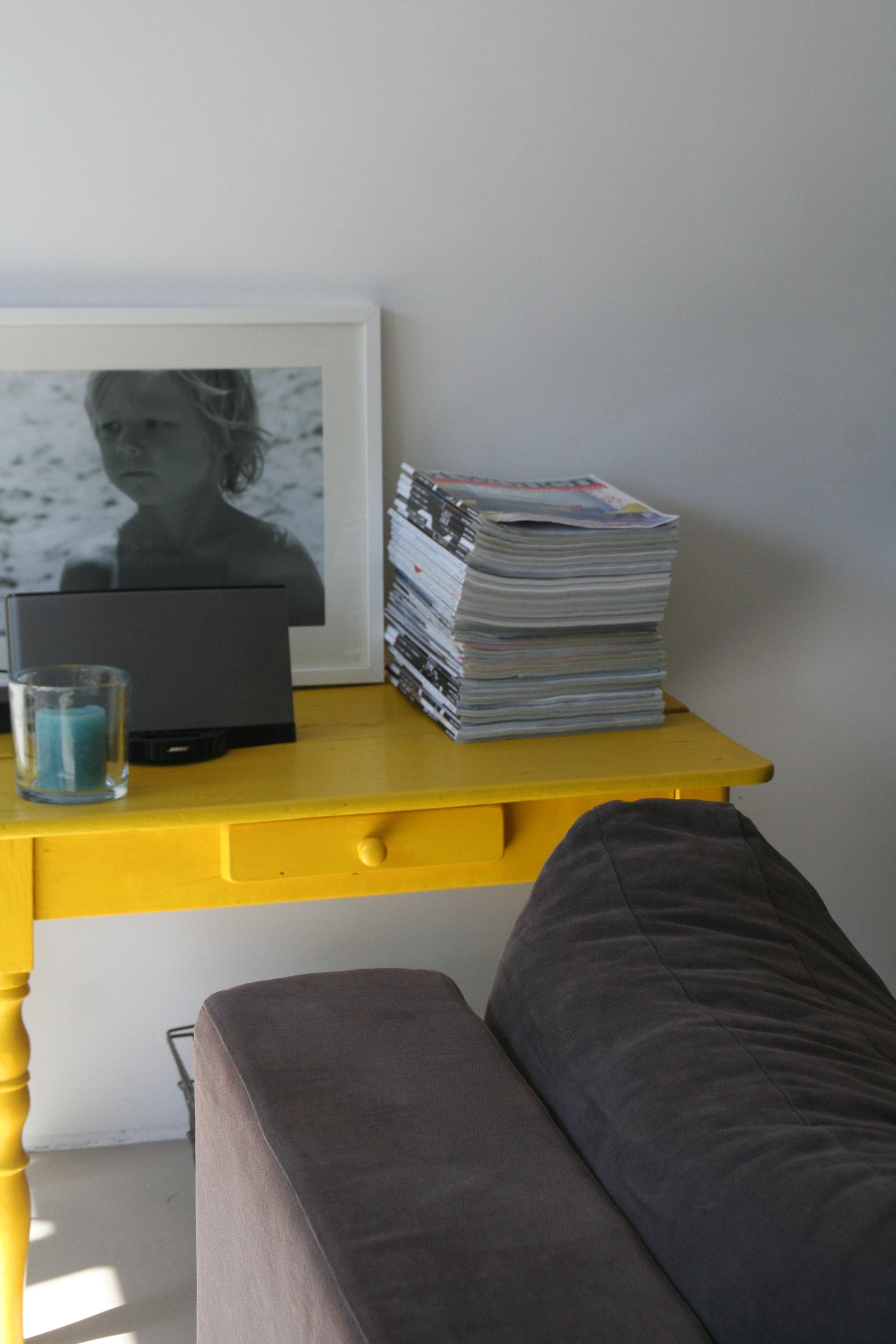 modern interieur met geel