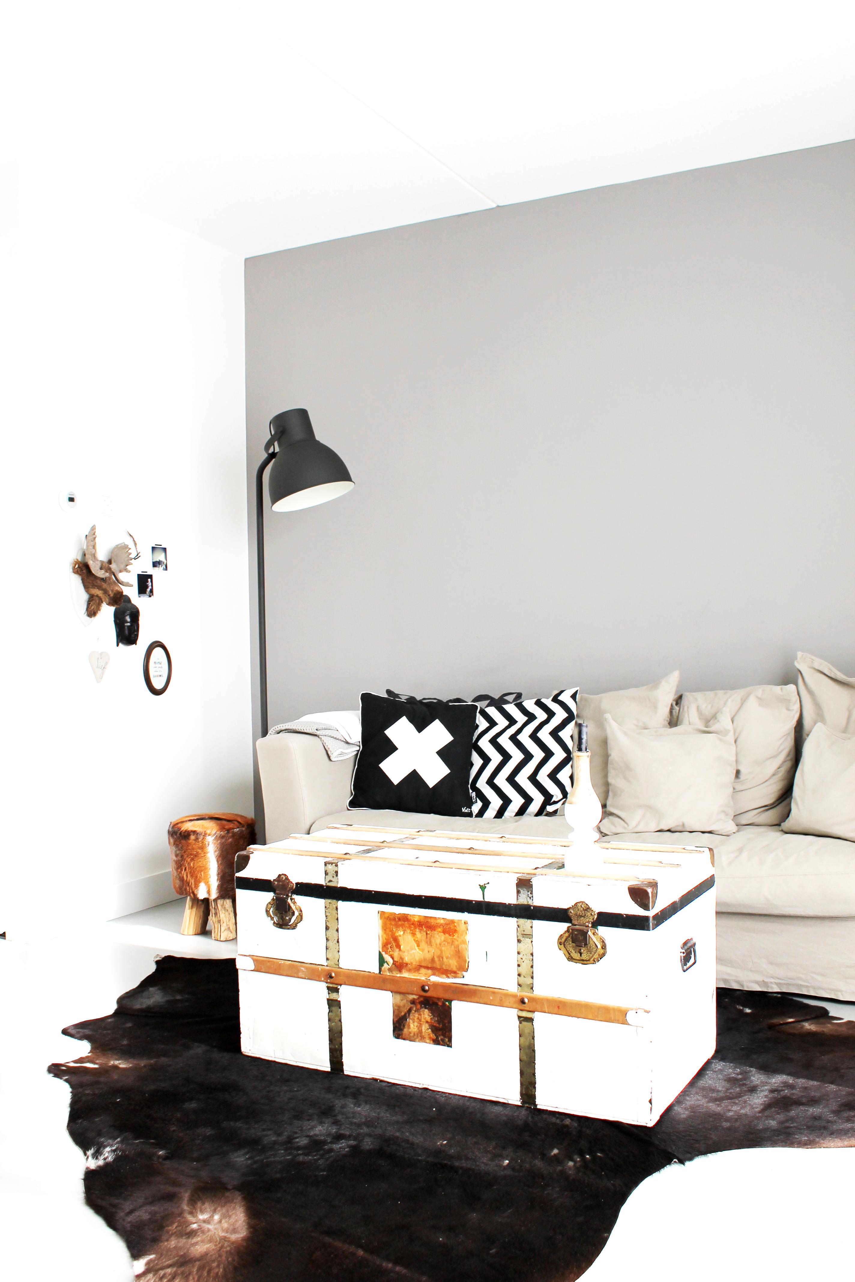 Taco en ilse en hun twee kinderen in hun nieuwbouwhuis inspiratie voor je interieur - Tafel josephine wereldje van het huis ...
